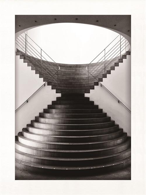 B&W Architecture  V