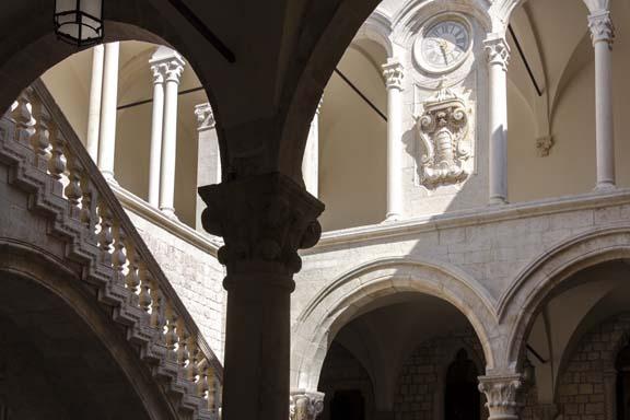 Inviting - Dubrovnik, Croatia